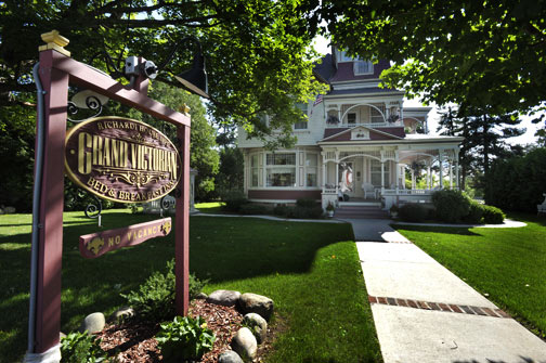 grand-victorian-bedandbreakfast-michigan