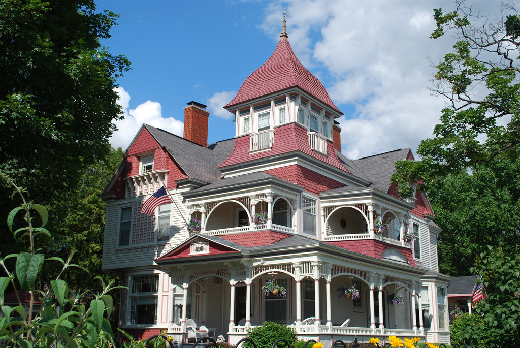 Richardi House Grand Victorian | Bed and Breakfast in Bellai… | Flickr