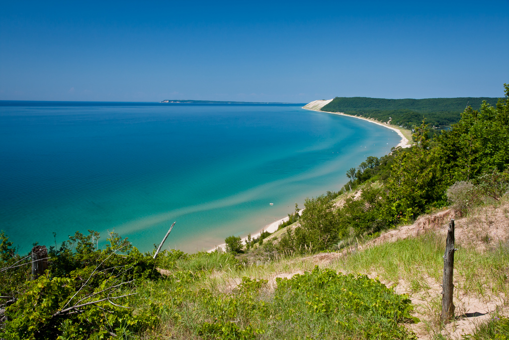 Sleeping Bear Dunes | Looking north from Empire Bluffs at Sl… | Flickr