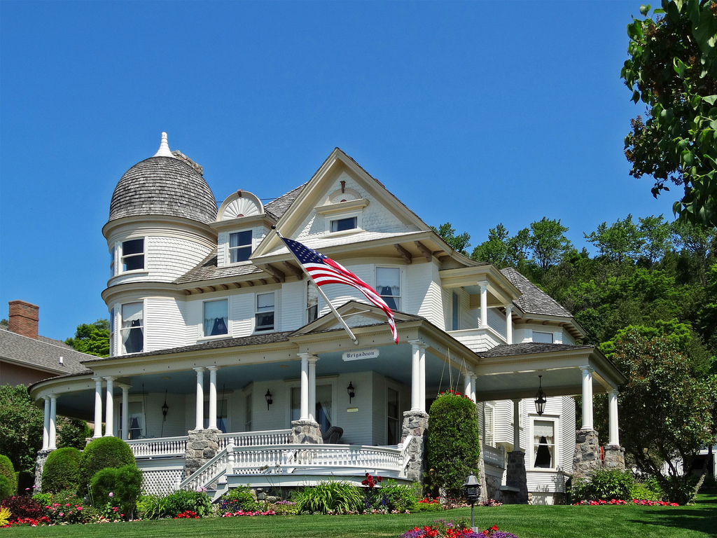 Mackinac Island Brigadoon Bed & Breakfast | Brigadoon Bed & … | Flickr