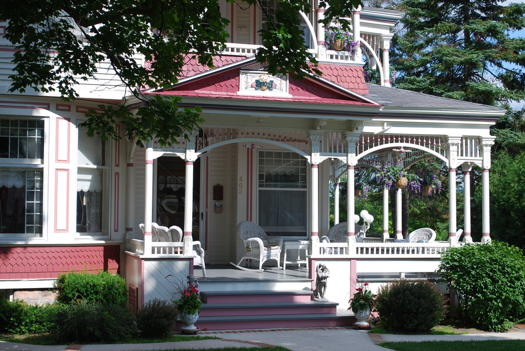 Richardi House Grand Victorian | Bed and Breakfast